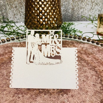 50pk White Mr & Mrs Place Cards
