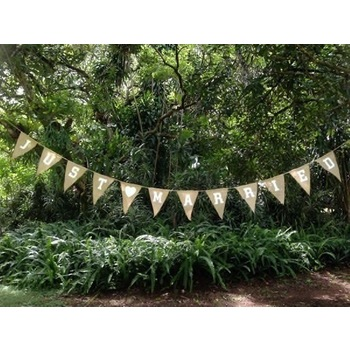 Just Married Burlap Banner/Bunting